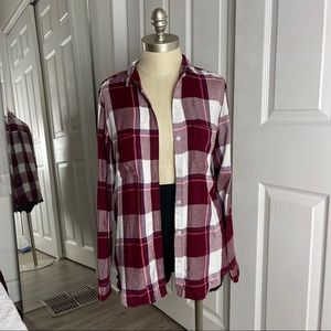 SO Button Up Plaid Flannel Relaxed Fit Long Sleeve